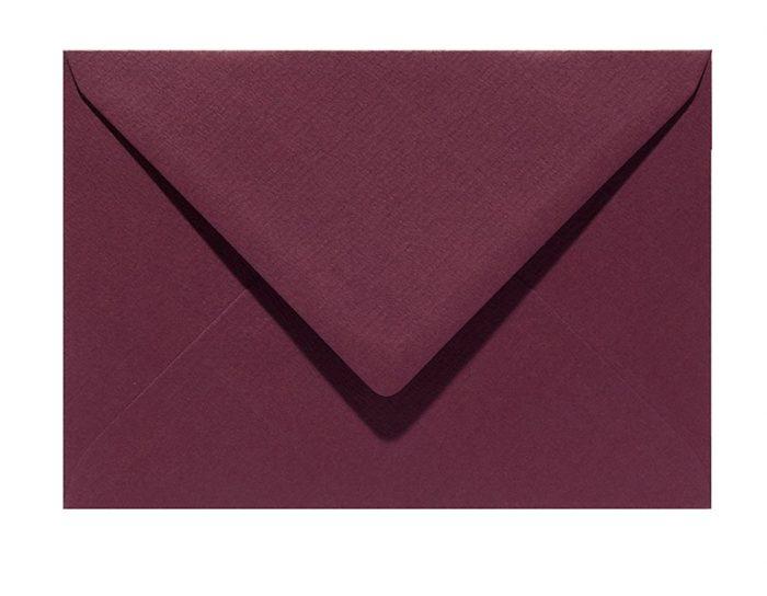 Letters and Lines envelop bordeaux